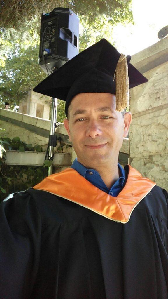 Dr. Z. Lovinger